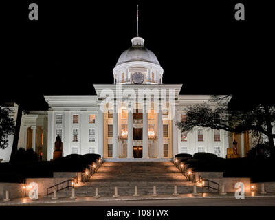 Front exterior or the Alabama State Capitol building at night, in Montgomery Alabama, USA. - Stock Image