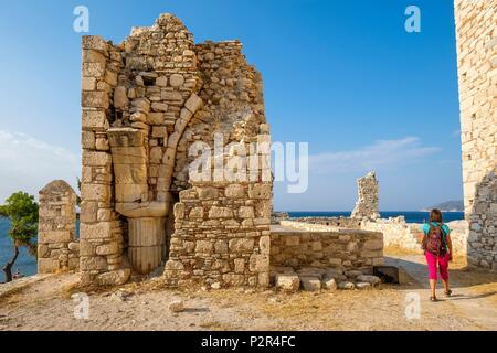 Greece, Samos island, Pythagoreion built on the remains of a former fortified town, a UNESCO World Heritage site, 19th century Lykourgos Logothetis castle, name of a local leader of the Revolution against the Turks (1824) - Stock Image