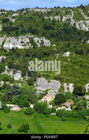 France, Provence Alpes Cote d'Azur, Bouches du Rhone (13), Alpilles area, Les Baux de Provence, La Fontaine valley - Stock Image