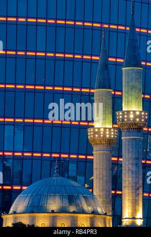 Flame towers and Shahids Mosque, Baku, Azerbaijan - Stock Image