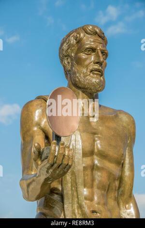 Statue of Archimedes, Ortygia Island, Syracuse, Sicily, Italy - Stock Image