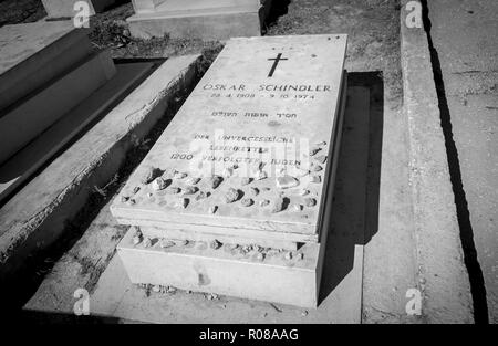 JERUSALEM, ISRAEL. October 30, 2018. A grave of a German industrialist Oskar Schindler who saved Jews during Holocaust. The phrase in German. - Stock Image