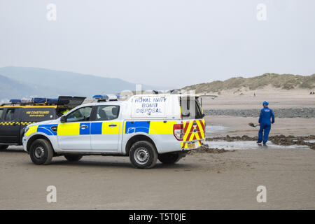bomb,disposal,Ynyslas,beach,Dovey River Estuary,Wales,Mid,Wales,holiday,destination,coast,coastal,resort,UK,U.K.,Britain,GB,Great Britain,British, - Stock Image