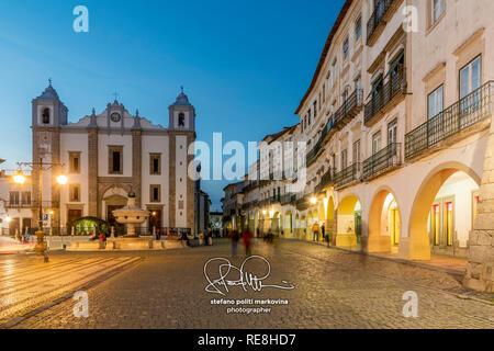 Giraldo Square, Evora, Alentejo, Portugal - Stock Image