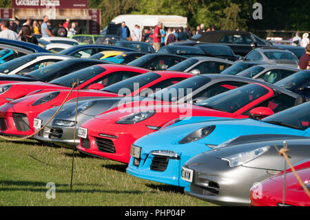 Woodstock, Oxfordshire, UK. 02nd Sep, 2018. Over 400 Porsches arrive at Blenheim Palace. Salon Prive Concours, Blenheim Palace Classic and Supercar event, Woodstock, Oxfordshire, 2nd Sep 2018 Credit: Stanislav Halcin/Alamy Live News - Stock Image