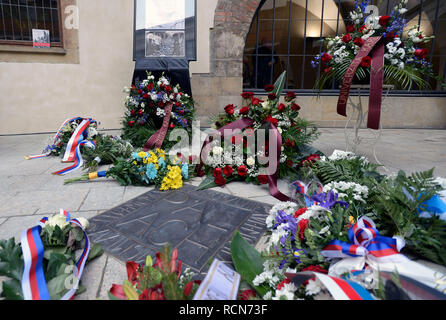 Prague, Czech Republic. 16th Jan, 2019. Plaque commemorating late student Jan Palach was unveiled in Prague, Czech Republic, Wednesday, Jan. 16, 2019, in Charles University premises where coffin with his remains stood 50 years ago. Palach, a student of the Charles University's Faculty of Arts, set himself on fire in Prague on January 16, 1969 in protest against people's growing lethargy following the August 21, 1968 Soviet-led invasion of Czechoslovakia. He died of fatal burns three days later, aged 20. Credit: Katerina Sulova/CTK Photo/Alamy Live News - Stock Image