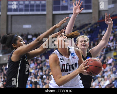 Storrs CT USA-- NCAA Division I Women's Basketball Championship. UCONN's Stefanie Dolson looks for room - Stock Image