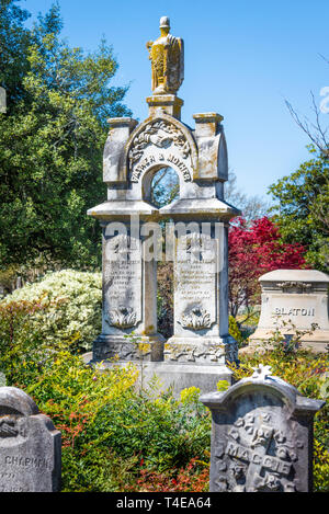 Memorial grave markers at Historic Oakland Cemetery in Atlanta, Georgia. (USA) - Stock Image