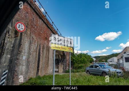 Ancient village of Rometa in Tuscany, Italy - Stock Image
