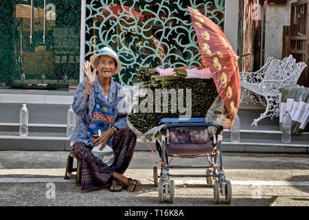 Thailand senior, Elderly Thailand woman. Thai street food vendor - Stock Image