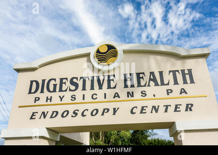 Fort Myers Florida Ft. Endoscopy Center medical practice Digestive Health Physicians professional association sign diagnosis GI - Stock Image