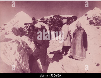 729. Italian Mountain Troops Ortler Alps,South Tyrol 1944 - Stock Image
