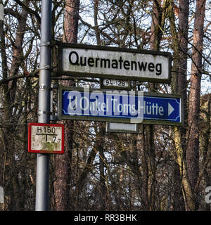 Krumme Lanke, Berlin, Germany. Quermatenweg street sign & sign to Onkel Toms Hütte u-bahn station - Stock Image