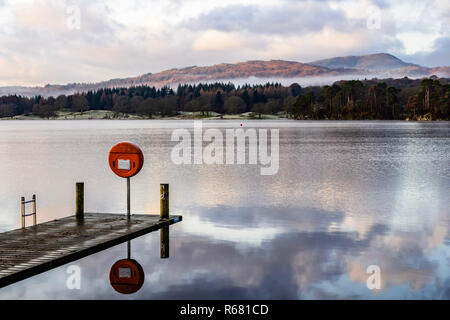 Cumbria, UK. 4th Dec, 2018. UK Weather: Cold and Frosty start to the day at Ambleside, Cumbria, UK. Credit: Credit: NBSN/Alamy Live News - Stock Image