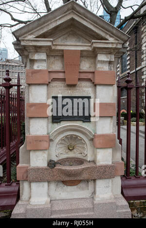 Public Drinking Fountain, Aldgate,London England UK. Feb 2019 In honoured memory of Frederick David Mocatta in recognition of a benevolent life. - Stock Image
