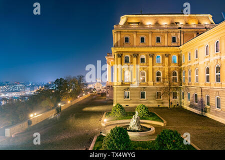 Night view of the famous Buda Castle at Budapest, Hungary - Stock Image
