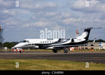London Executive Aviation (LEA) Embraer EMB-135BJ Legacy business jet - Stock Image