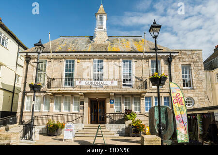 The Guildhall, in St Ives, Cornwall, England. The Guildhall now serves as a tourist information centre and exhibition space with shops and a cafe. - Stock Image
