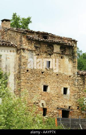 Renovation prospect near lake Gerosa in the Sibillini National Park le Marche Italy - Stock Image