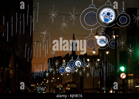 London, UK. 24th Nov, 2017. London, England UK. Christmas lights decorations on the Strand in central London looking - Stock Image