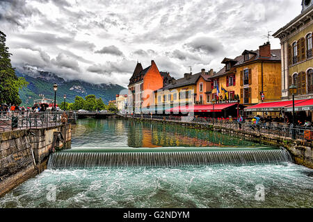 The weir at Lac de Annecy in the French Alps - Stock Image