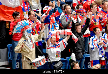 Bratislava, Slovakia. 17th May, 2019. Fans of Czech Republic in action during the Ice Hockey World Championships group B match between Czech Republic and Italy in Bratislava, Slovakia, May 17, 2019. Credit: Vit Simanek/CTK Photo/Alamy Live News - Stock Image