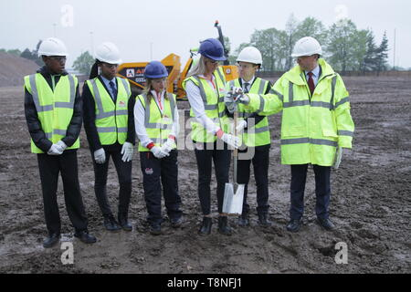Athletes and Dignatories during the ceremonial ground breaking of the Commonwealth Games 2022 Athletes Village, in Perry Barr, Birmingham - Stock Image