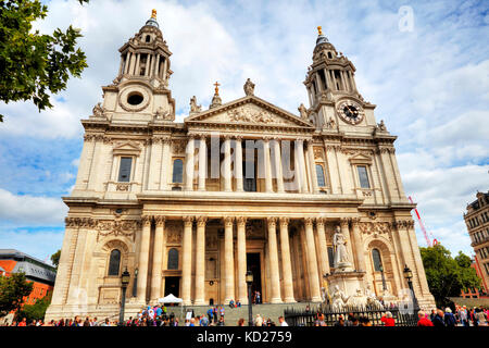 St Paul's Cathedral, St Paul's cathedral, City of London, England, UK, GB, London landmark, London city - Stock Image