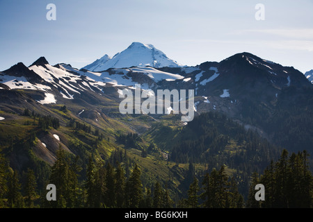 Mt Baker covered in snow, Mt Baker-Snoqualmie National Forest, Washington State, USA - Stock Image