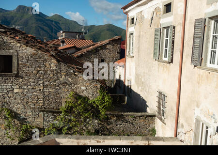 The ancient village of Fazzano in Tuscany,Northern Italy - Stock Image