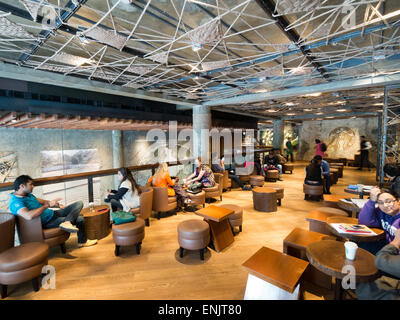 Starbucks in Delhi India - Stock Image
