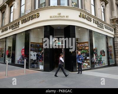 Entrance to James Pringle Weavers woollen clothing store in Buchanan Street, Glasgow, Scotland, UK - Stock Image