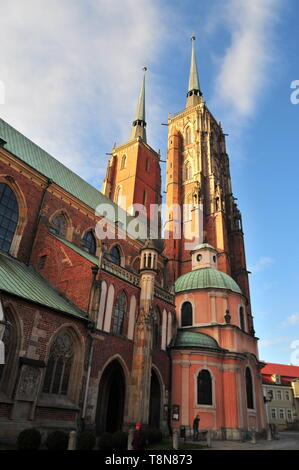 Archikatedra Sw. Jana Chrzciciela (Cathedral of St. John the Baptist) on Ostrow Tumski (Cathedral Island) from behind, back. Wroclaw, Poland. April 20 - Stock Image