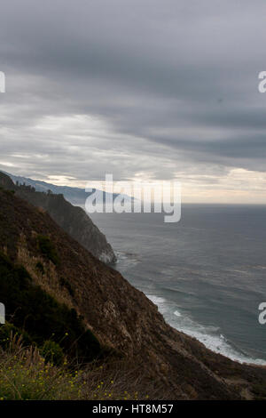 Storm coming in off of the Pacific, looking south on Highway 1 in Big Sur, California. - Stock Image