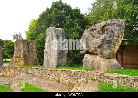 The ECOS standing stones in Frome around the amphitheatre at the Community College,left sandstone from Luxembourg centre Limestone from Italy and righ - Stock Image