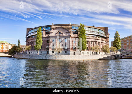 16 September 2018: Stockholm, Seden - The Riksdaghuset, or Parliament Building, on a sunny autumn weekend. - Stock Image