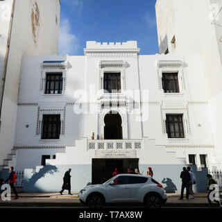 A beautiful old colonial building on Boulevard de Bordeaux in Casablanca, Morocco. - Stock Image