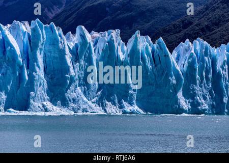 Perito Moreno Glacier, Los Glaciares National Park, Patagonia, Lago Argentino, Santa Cruz Province, Argentina - Stock Image