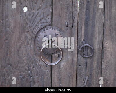 Close up shot of an old metal ring handle - Stock Image