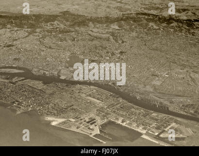 historical aerial photograph of Alameda and Oakland, California, 1938 - Stock Image