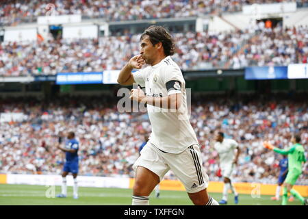 Madrid, Spain. 23rd June, 2019. Raul Gonzalez (Real) Football/Soccer : Raul celebrate after his goal during Friendly 'Corazon Classic Match 2019' between Real Madrid Leyendas 5-4 Chelsea Legends at the Santiago Bernabeu Stadium in Madrid, Spain . Credit: Mutsu Kawamori/AFLO/Alamy Live News - Stock Image
