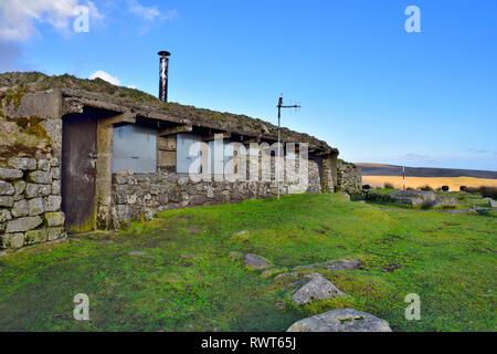 Dartmoor Okehampton, firing range training area shelter by Hart Tor, Devon - Stock Image