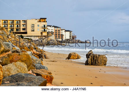 Monterey Bay, with San Carlos Beach and Cannery Row hotels in the foreground. - Stock Image