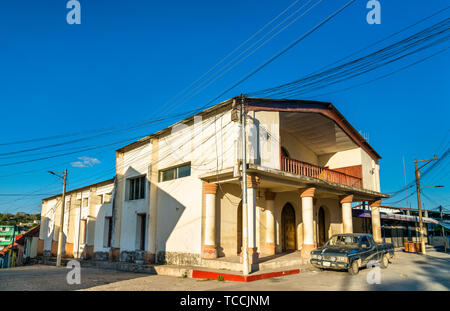 Traditional houses in Flores, Guatemala - Stock Image