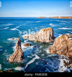 Sea stacks near Aird Feinis, Isle of Lewis, in the Outer Hebrides, Scotland, UK. - Stock Image