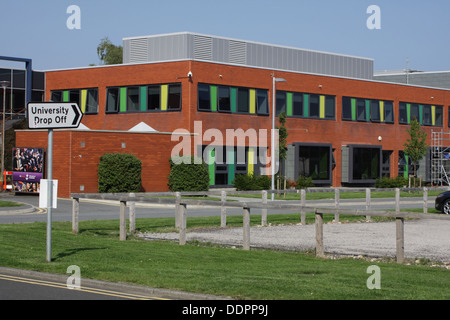 Sunderland University, Drop Off point. - Stock Image