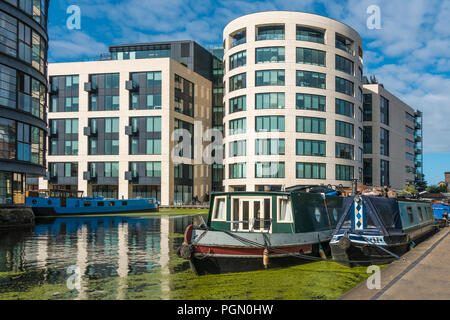 Narrow Boats,Moored,Regents Canal,Rotunda Private Restaurant,York Street,Kings Cross,London,England - Stock Image