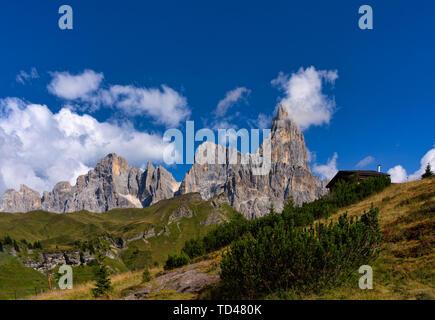 Rolle Pass, Cimon de la Pala, Dolomites, Veneto, Italy, Europe - Stock Image