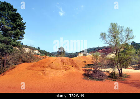 The famous red ochre clay cliffs of Rousillion, the Luberon, Provence, France without people - Stock Image