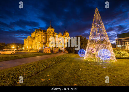 Zagreb Advent at night, Croatian National Theatre - Stock Image